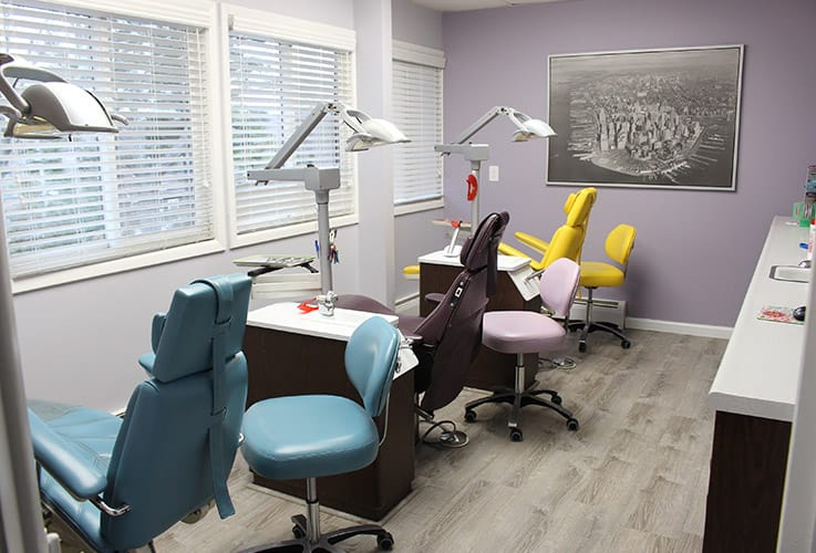 Orthodontic treatment chairs